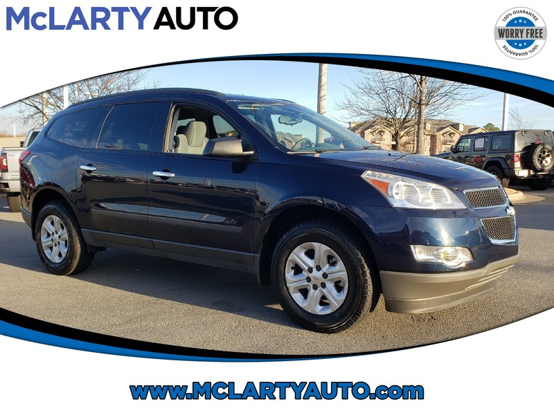 Pre-Owned 2012 CHEVROLET TRAVERSE FWD 4DR LS