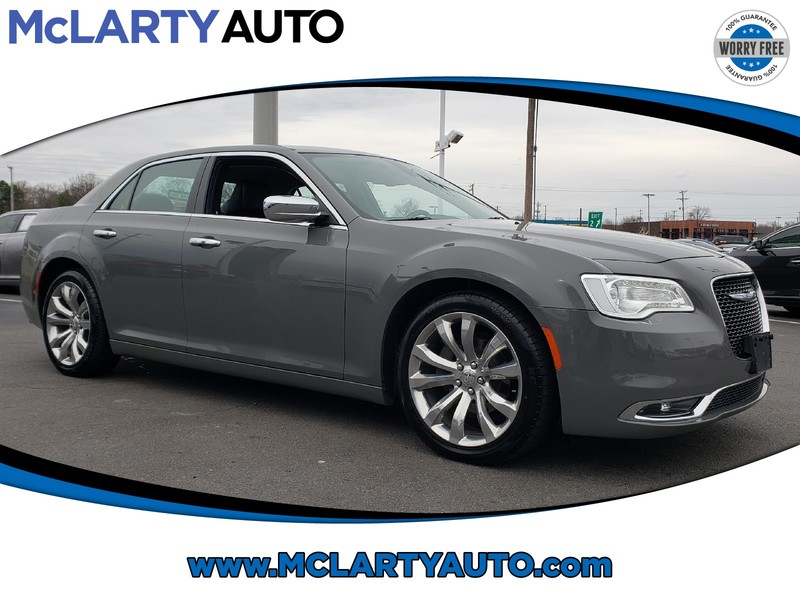Pre-Owned 2019 CHRYSLER 300 LIMITED RWD