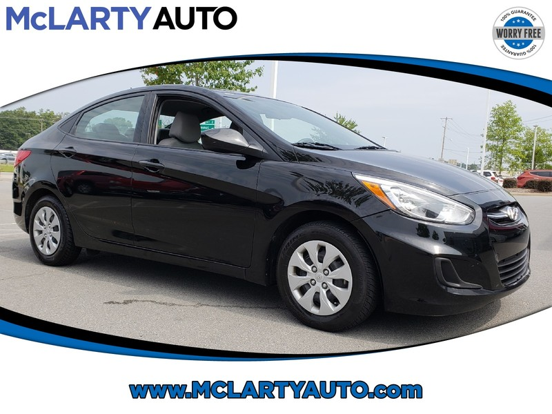 Pre Owned 2017 HYUNDAI ACCENT SE SEDAN AUTO