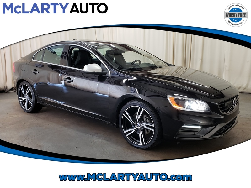 Pre-Owned 2017 VOLVO S60 R-DESIGN PLATINUM