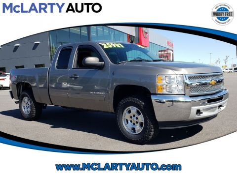 Pre-Owned 2013 CHEVROLET SILVERADO 1500 4WD EXT CAB 143.5