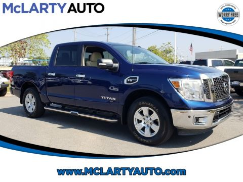 Pre-Owned 2017 NISSAN TITAN 4X4 CREW CAB SV