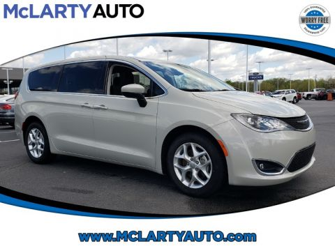 Pre-Owned 2017 CHRYSLER PACIFICA TOURING PLUS FWD