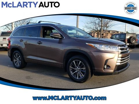 Pre-Owned 2018 TOYOTA HIGHLANDER XLE V6 AWD